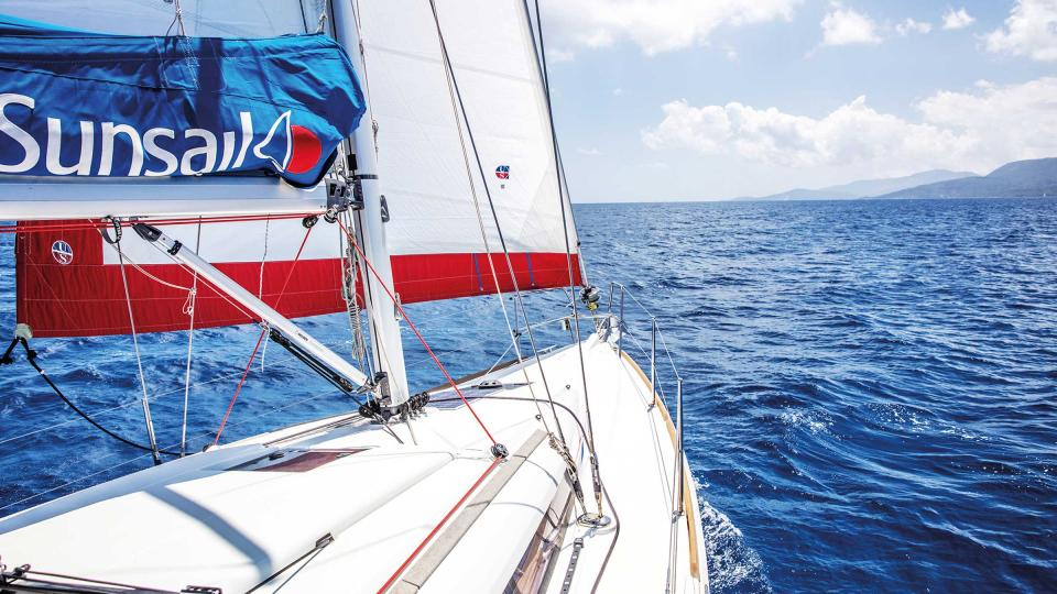 Sunsail 2019 Brochure